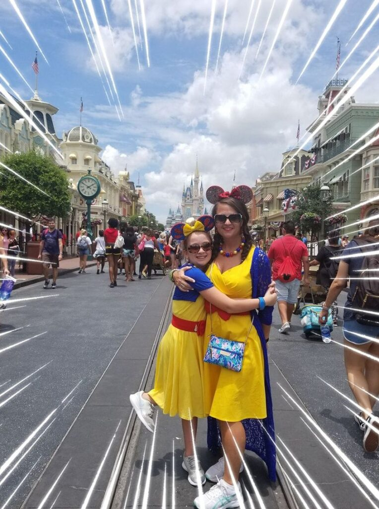mom and daughter disney outfits
