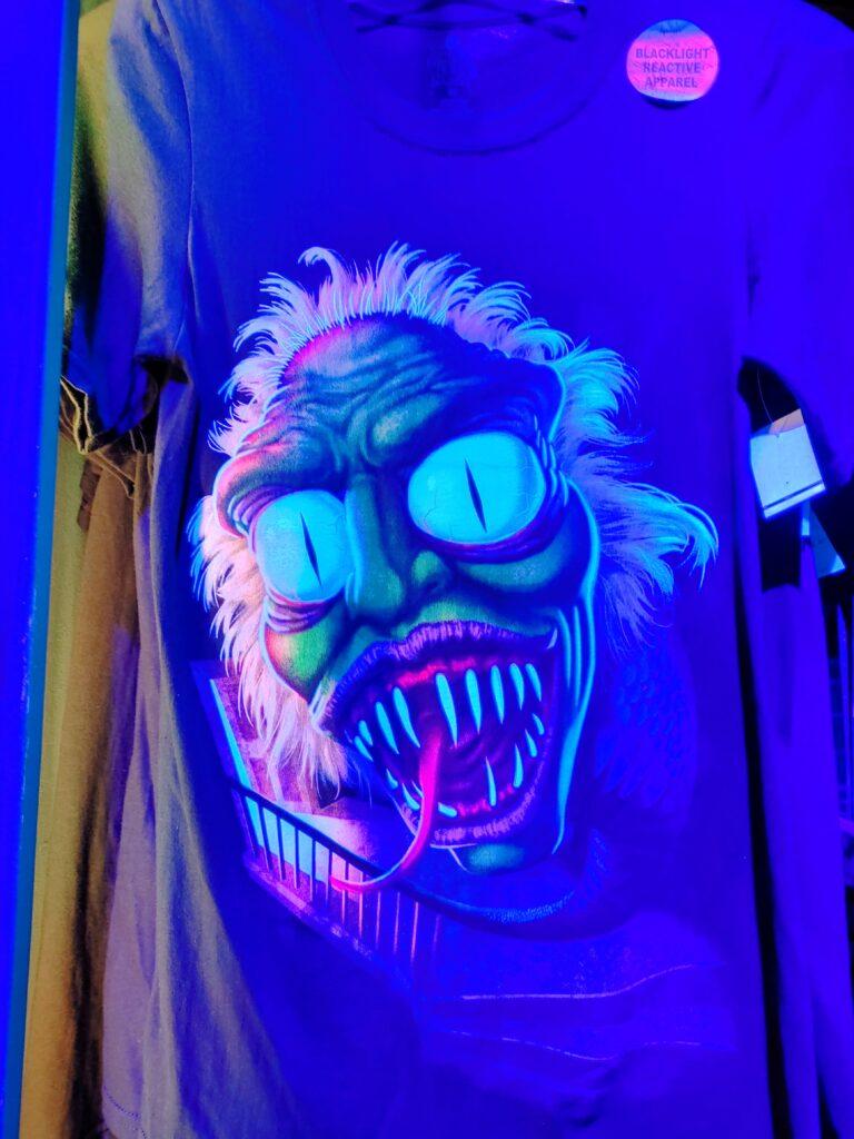 halloween horror nights - tribute store - malarkey